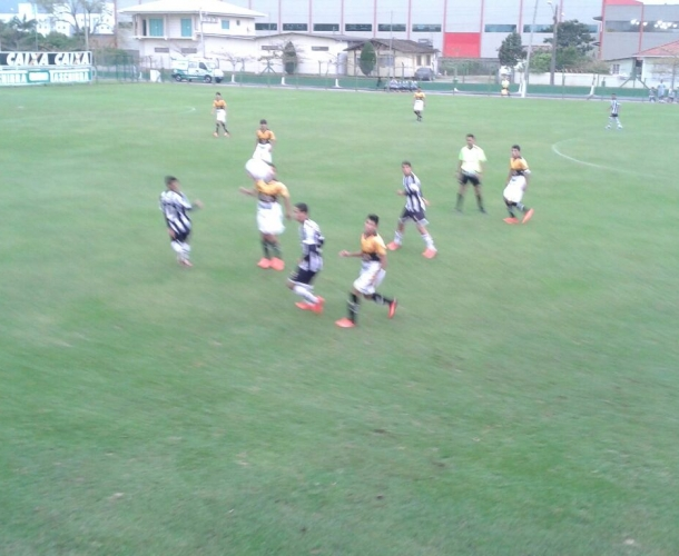 Base do Criciúma empata com o Figueirense